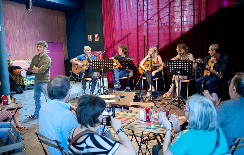 Cursos de Guitarra Teatro de las Esquinas